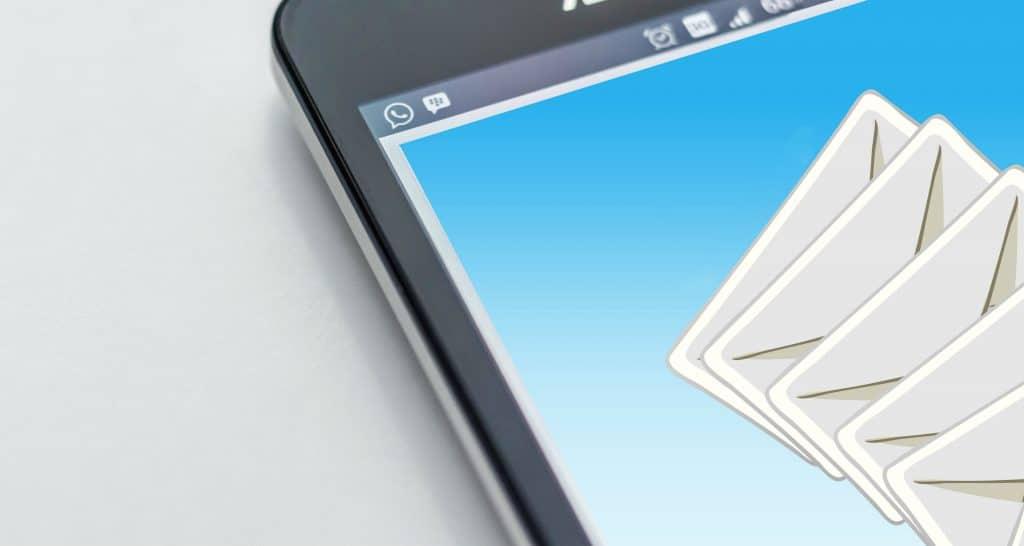 emails no celular